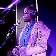 Live de Laura Mvula à la BBC