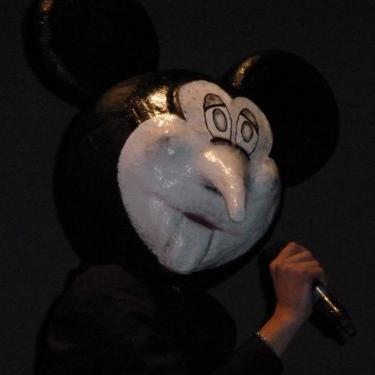 Mickey Mouse par le rappeur belge Veence Hanao