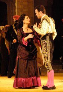 Référence au Carmen de Bizet par Stromae