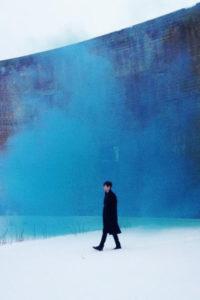 Image promo de James Blake pour l'album Overgrown